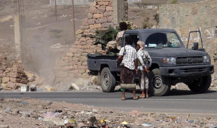 ميليشيات الإنقلاب تهاجم القوات الموالية للشرعية في كرش واشتباكات عنيفة