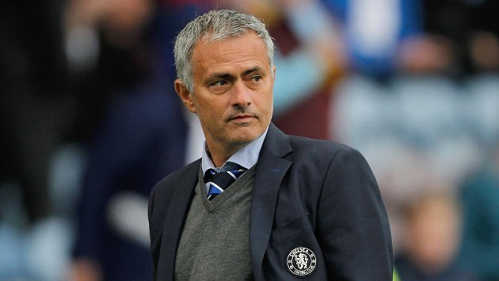 مورينيو مدربا لفريق مانشستر يونايتد