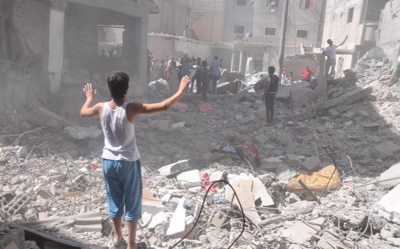 سوريا :مقتل 50 شخص وتدمير مستشفى في غارات روسية بأ دلب