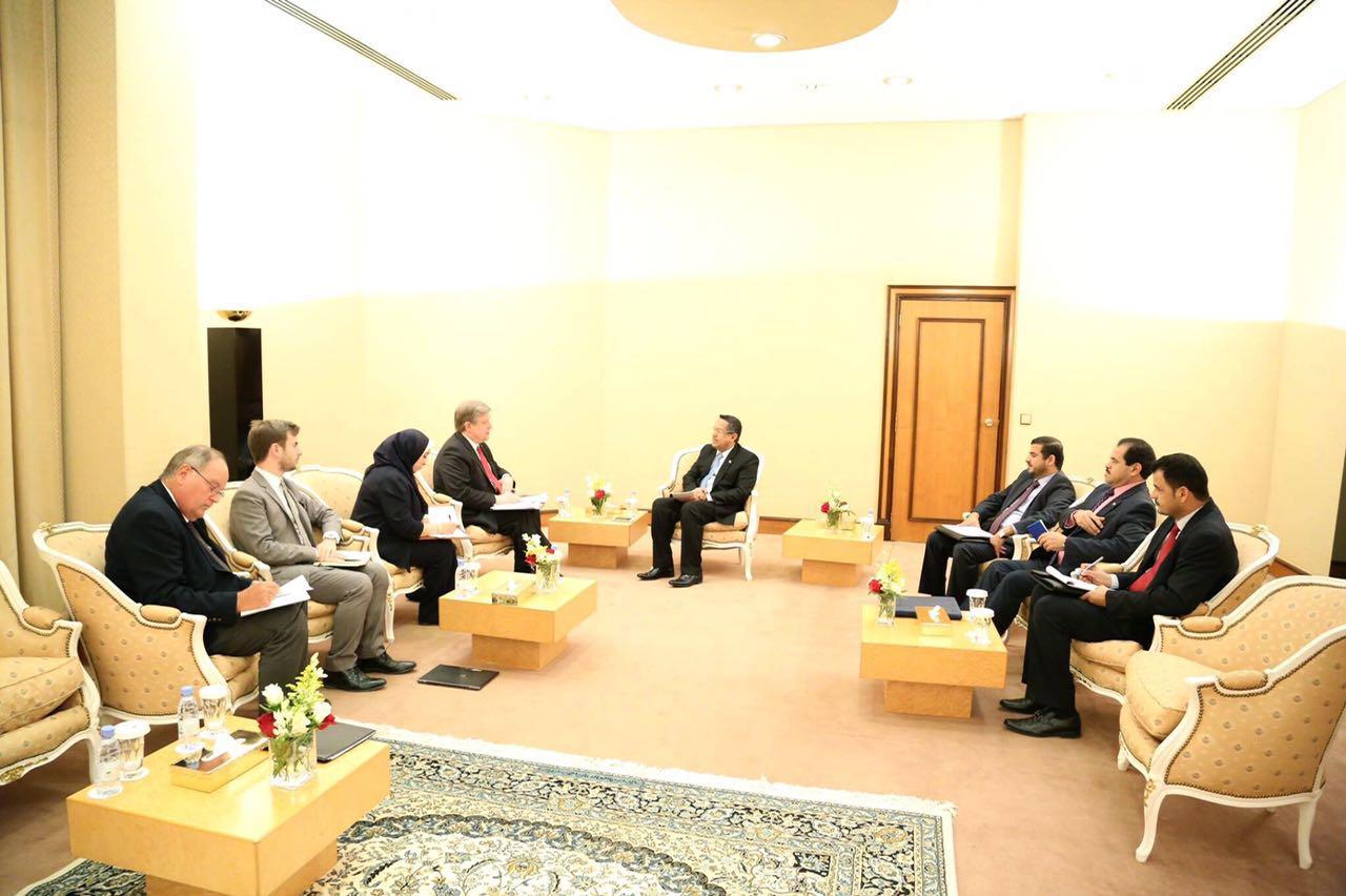 رئيس الوزراء : الحكومة حريصة على اتفاق سلام يعيد الشرعية إلى صنعاء