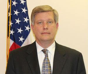 نائب السفير الأمريكي :لا مجال للجدال حول النقاط الخمس وضرورة نزع سلاح الميلشيات