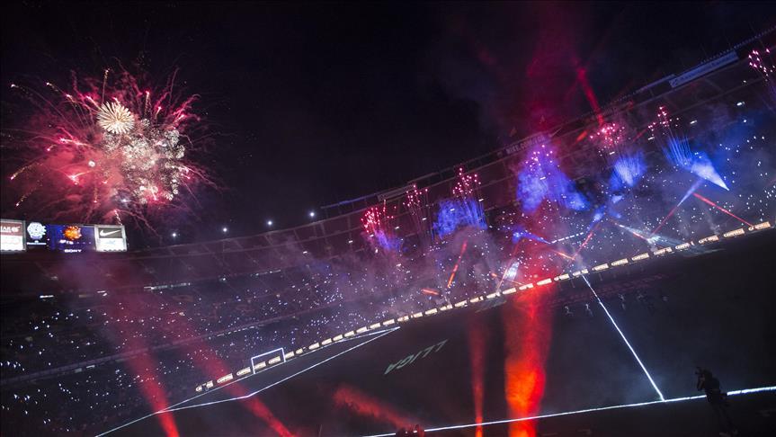 """برشلونة وإشبيلية يحتفلان بالفوز بـ """"كأس الملك"""" و""""الدوري الأوروبي"""""""