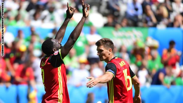 بلجيكا تفوز على أيرلندا بثلاثة أهداف في بطولة أوروبا
