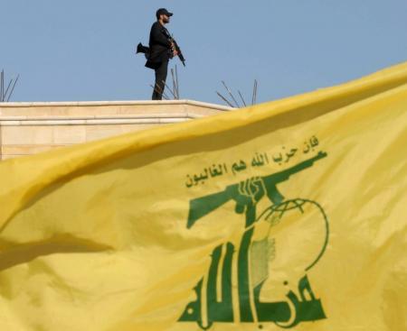 حزب الله يتعهد بمواصلة القتال في حلب ويعترف بالقتال في العراق