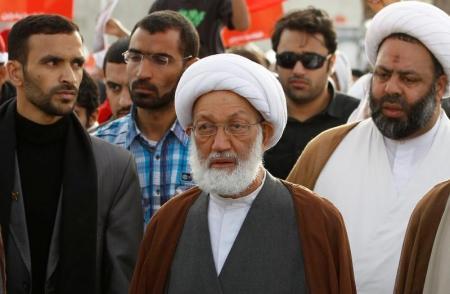 البحرين تسحب جنسيتها من زعيم شيعي بتهمة التطرف
