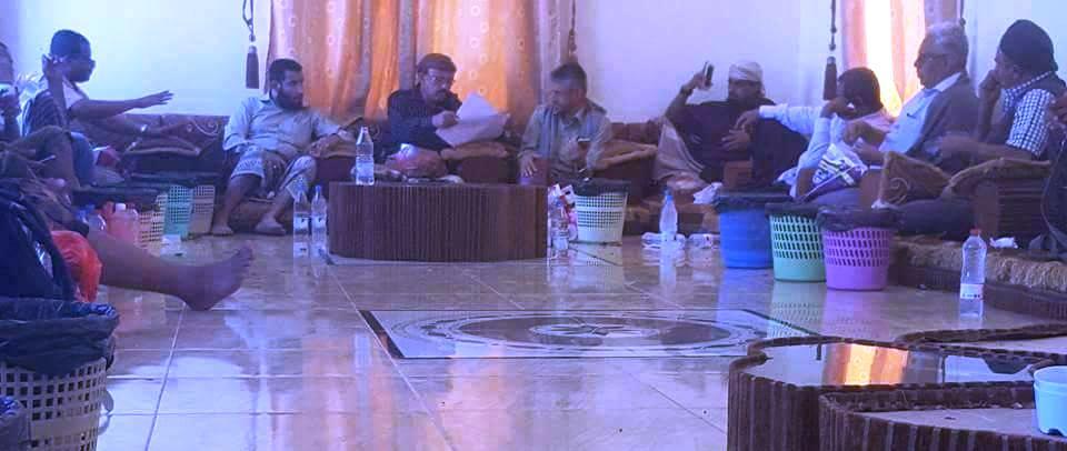 مصدر لــ يمن شباب نت: قوات الحزام الأمني بعدن تحاصر قيادات مقاومة تعز وتحتجز 3منهم(إضافة)