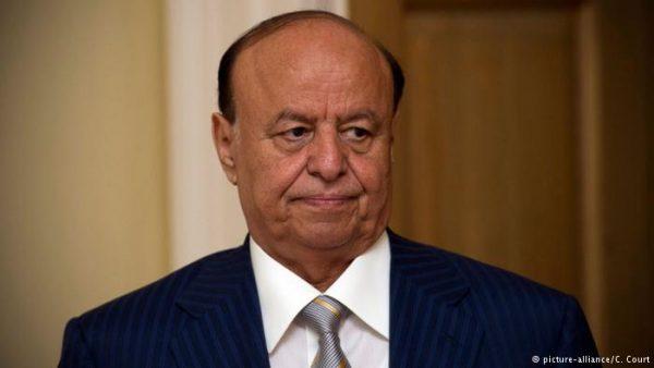 الرئيس يتابع معارك نهم ويؤكد:بشائر النصر قادمة