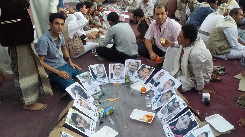 مأرب : إعلاميون يطلقون مشروع توقيع عريضة نداء لإنقاذ الصحفيين المختطفين