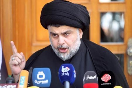 مقتدى الصدر يطالب أنصاره بوقف هجماتهم على مكاتب الأحزاب المدعومة من إيران