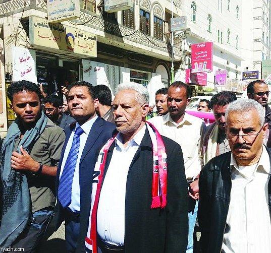 نعمان الناصري: لا يزال الإنقلابيون يشعرون أنهم أقوياء..وإضعافهم عسكريا واقتصاديا مسألة ضرورية.. وعلى التحالف دعم الحكومة بميزانية لإدارة الحرب
