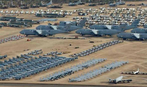 إغلاق قاعدة أندروز الأميركية بعد إطلاق نار