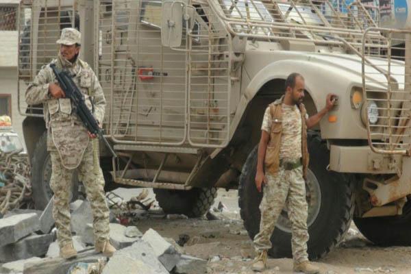 """حملة عسكرية مرتقبة """"لتطهير"""" أبين من القاعدة وإعادة انتشار قوات الأمن"""
