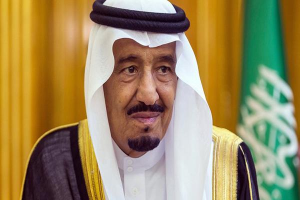 الملك سلمان:سنضرب بيد من حديد كل من يستهدف شبابنا وأمننا