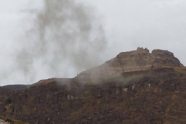 قذائف الجيش الوطني والمقاومة تستهدف الحوثيين لأول مرة بأرحب
