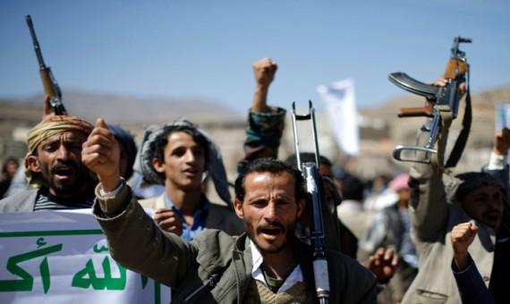 إب: اشتباكات مسلحة بين طرفي الانقلاب إثر تصاعد الخلافات بينهما في يريم