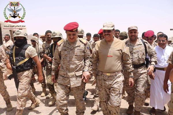 الفريق علي محسن يزور نهم ويبشر:نلتقي باليمن الاتحادي