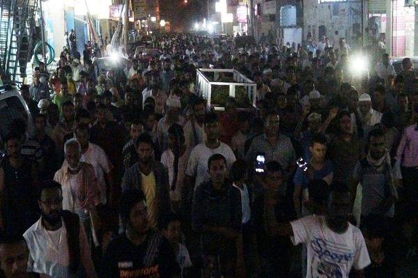 آلاف يشيعون جثمان القيادي الإصلاحي الشيخ صالح بن حليس بعدن