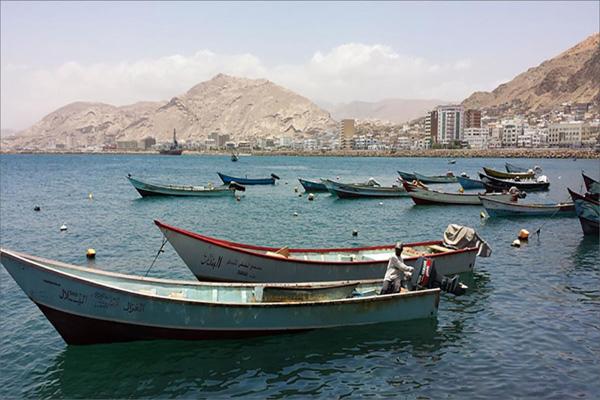 العثور على 3 صيادين فقدوا بالبحر قبل 3 أيام بحضرموت