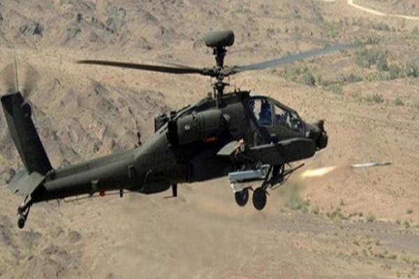 الأباتشي السعودية تدمر منصات لإطلاق مقذوفات قبالة نجران