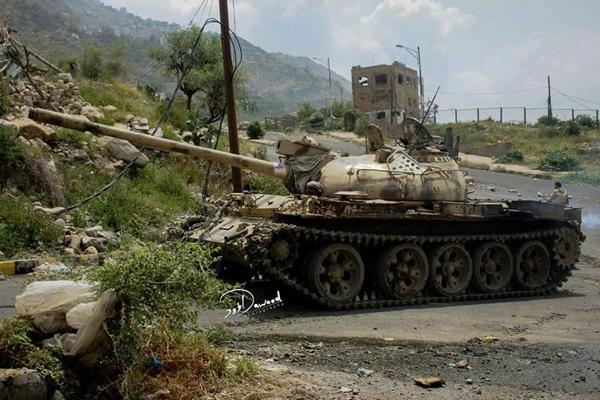 مقتل 11 حوثيا وإصابة آخرين بمواجهات مع المقاومة في تعز