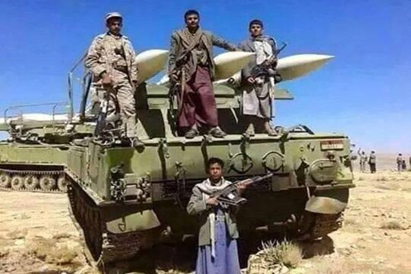 الحوثيون ينقلون صواريخ باليستية إلى بيحان لاستهداف قوات التحالف بمأرب