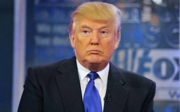 تهديد أمني يتسبب في إجلاء ترامب من على منصة خطابية