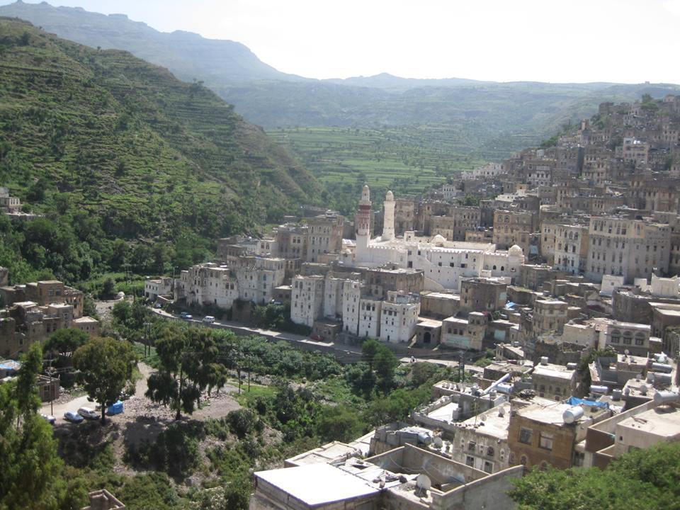 إب: الحوثيون يختطفون عدداً من أبناء جبلة على خلفية نزع منشور من أحد المساجد