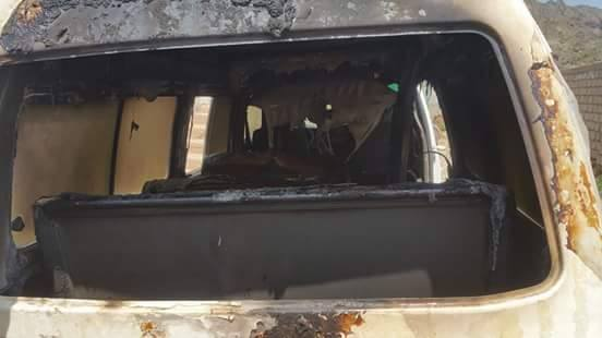 """الضالع: مجهولون يحرقون """"باص"""" لأحد الوجاهات الإجتماعية بمدينة الجبارة"""