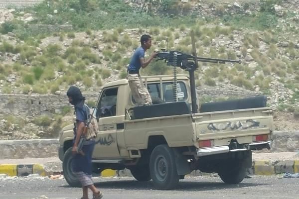 تعز: مقتل وإصابة سبعة حوثيين بينهم قيادي بارز