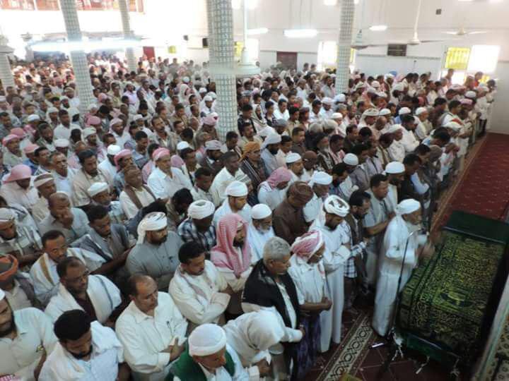 حضرموت.. تُشيّع النائب في كتلة حزب الإصلاح الدكتور عوض باوزير