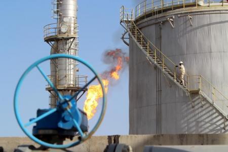 العراق يتوقع مضاعفة إنتاج حقل حلفاية إلى مثليه بحلول 2018