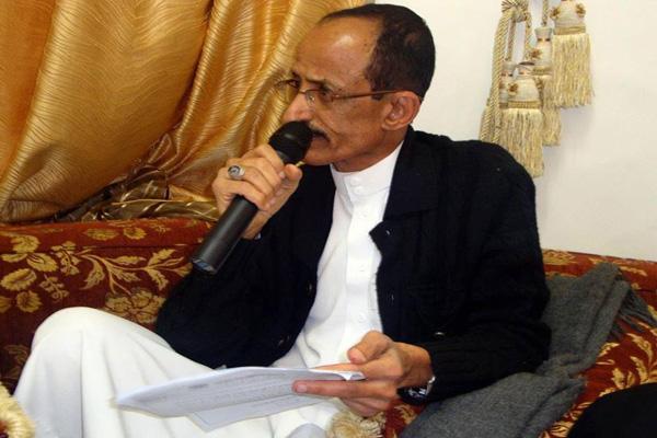 قوات أمنية للحوثيين وصالح تعتقل الكاتب المعروف يحي الجبيحي