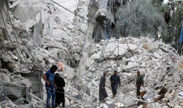 روسيا تدك حلب بالقنابل العنقودية وسقوط 53 قتيل بينهم أطفال
