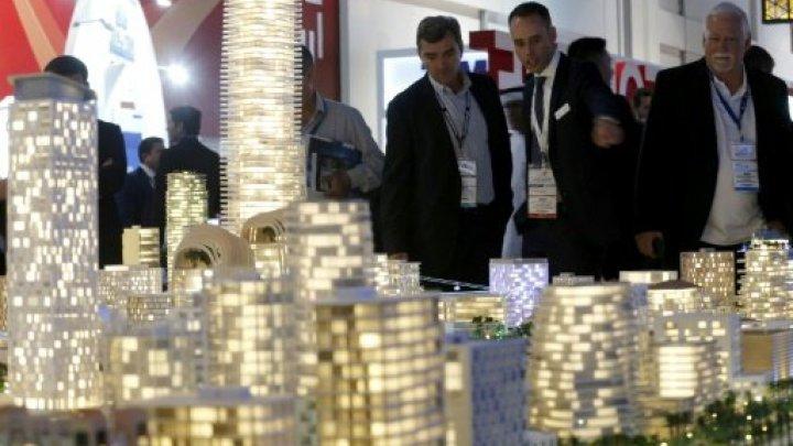 دبي تطلق مشاريع عقارية عملاقة رغم انخفاض أسعار السوق