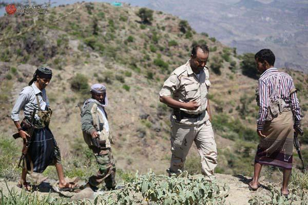 قائد عسكري بتعز يشيد ببطولات قوات الجيش والمقاومة بالمحافظة