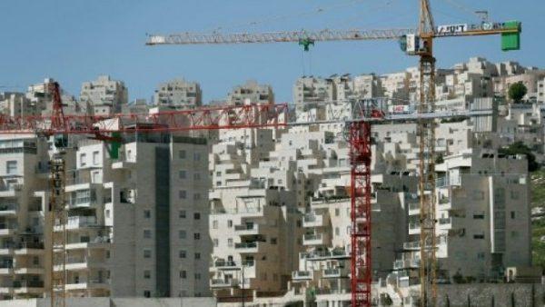 الاحتلال الإسرائيلي يبدأ العمل في مستوطنة جديدة مع سعي أمريكا لاستئناف عملية السلام