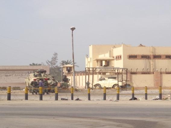 وكالة: مقتل رجل في تبادل لإطلاق النار عقب هروب مساجين من سجن في مصر