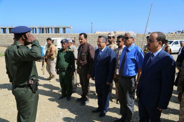 رئيس الوزراء: الحفاظ على القوات المسلحة هو الحفاظ على الوطن و نسيجه الإجتماعي