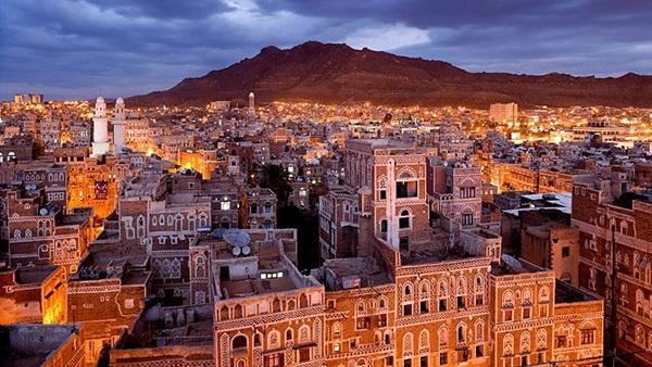"""39صحفيا فصلتهم جماعة الحوثي من وكالة """"سبأ"""" يناشدون الحكومة الشرعية صرف مرتباتهم"""