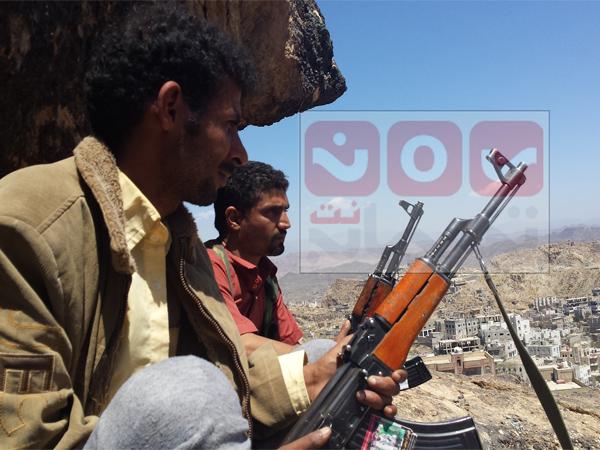 تعز: مقتل وإصابة 19 حوثيا في مواجهات مع الجيش الوطني..والطيران يقصف في حيفان والمخا