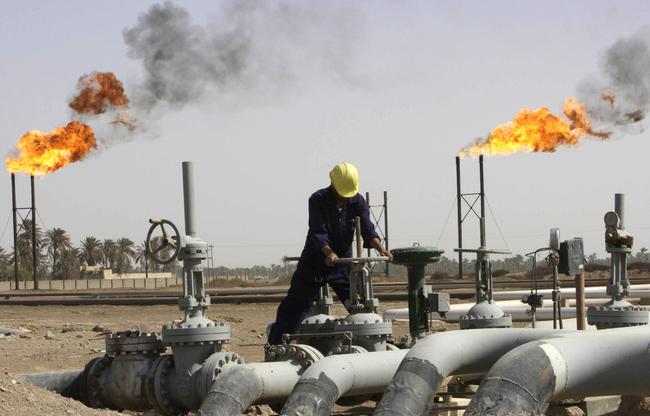 وزارة النفط تحذر من التعامل مع إدارة شركة الغاز المعينة من قبل الانقلابيين