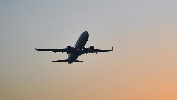 طيران التحالف يشن سلسلة غارات جوية على مواقع مليشيا الحوثي في الحديدة