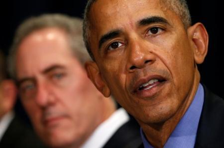اوباما يسمح بتمديد العقوبات ضد ايران