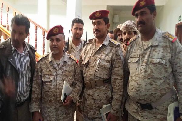 قائد المنطقة العسكرية الثالثة يلتقي قادة الالوية ببيحان