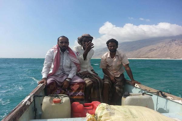 وزير الثروة السمكية يعلن استئناف تصدير الأسماك للسعودية عبر منفذ الوديعة