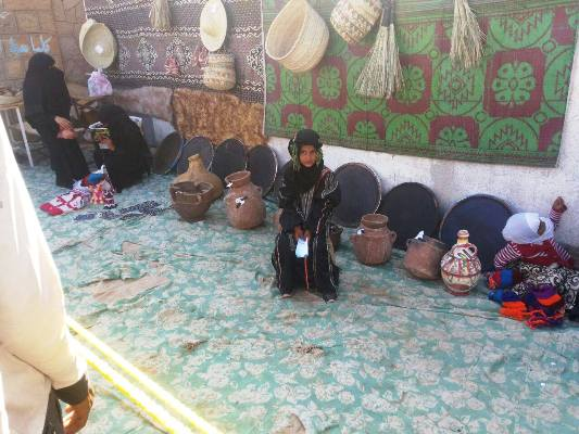 تعز: تنظيم معرض للمنتجات اليدوية في سامع