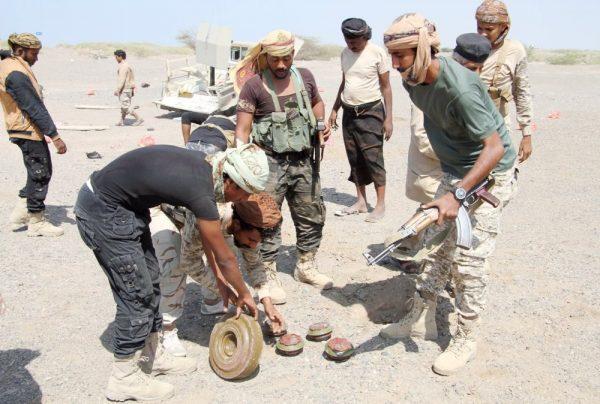 استشهاد قائد عسكري بالجيش اليمني في معارك مع الانقلابيين بجبهة المخا