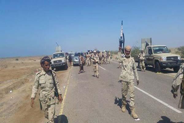 تعز: الجيش الوطني يقطع الخط الرابط بين مدينة المخا والمفرق واستعدادات لاقتحام المدينة