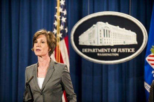 ترامب يقيل وزيرة العدل بالوكالة لرفضها تطبيق قراره بشأن حظر السفر