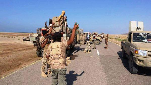 """ناطق الجيش: تحرير منطقة """"ذو باب"""" وعدد من المواقع الإستراتيجية في تعز"""